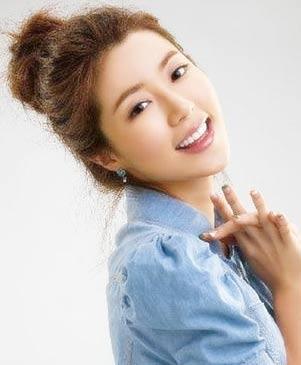 แบบเกล้าผมสไตล์เกาหลีสวย ๆ