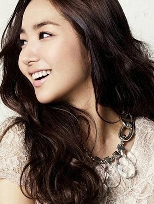 แบบผมลอนสวย ๆ สไตล์เกาหลี