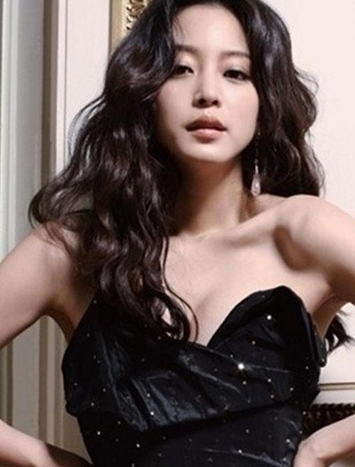 แบบผมลอนเกาหลีสวย ๆ